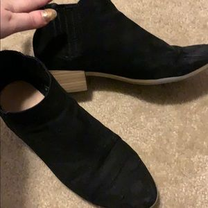 Black booties!